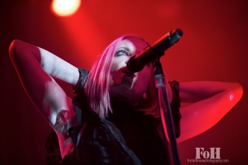 Garbage live in Toronto 10/26/15 shot by Bobby Simgh, @fohphoto