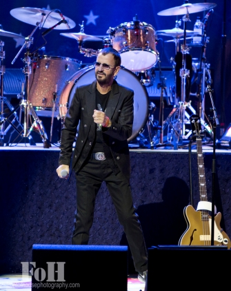 Ringo Starr & His All Starr band Live in Toronto Oct 20,2015