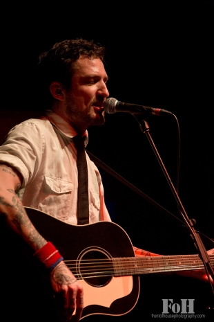 Frank Turner live in Toronto 03/11/16 photo by Bobby Singh, Front of House Photography