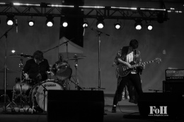 The Pack a.d. w/ Ginger Ale & The Monowhales – Indie Fridays @ Yonge-DundasSquare