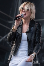 Phantogram performing at Wayhome Music & arts Festival - photo by Dawn Hamilton/@minismemories