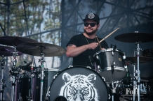 Royal Blood performing at Wayhome Music & arts Festival - photo by Dawn Hamilton/@minismemories