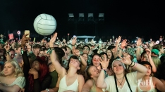 The crowd having a blast at Wayhome Music & arts Festival - photo by Dawn Hamilton/@minismemories